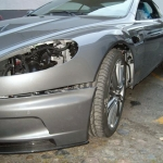 Aston_Martin_DBS_Freie_Astonfahrzeug_Werkstatt_Unfallschaeden